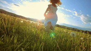 stock-video-40570348-super-slo-mo-girl-running-in-the-meadow-at-sunset